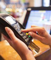 Mira cómo usar tu tarjeta de crédito de manera efectiva en esta Navidad